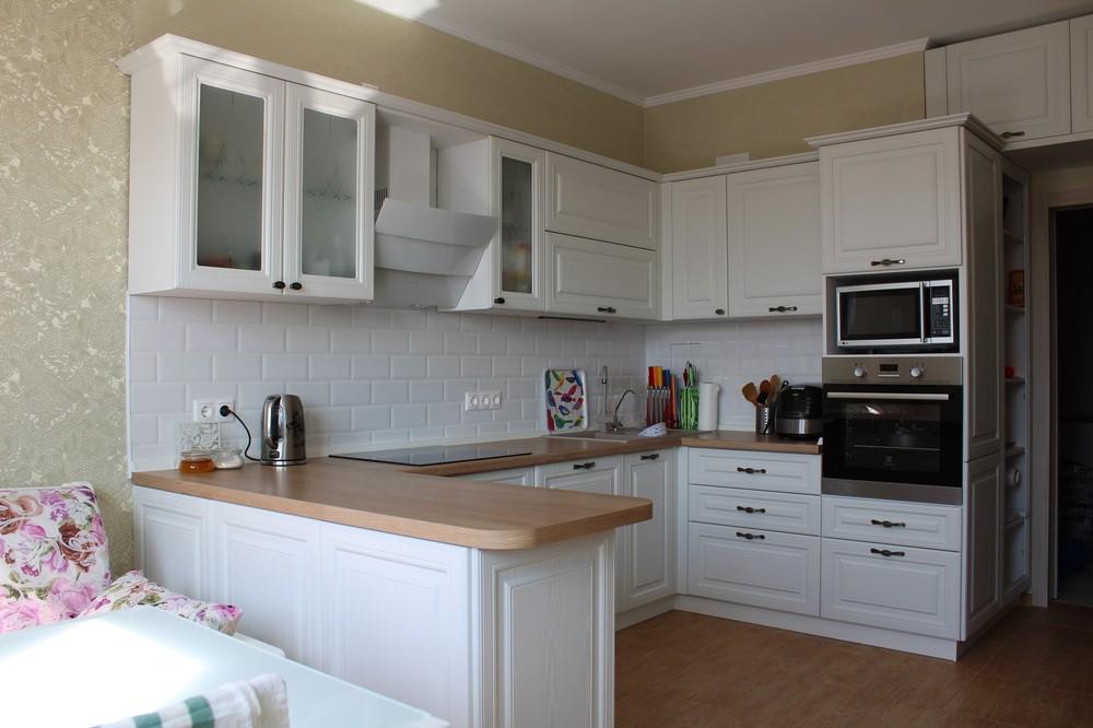 Белый кухонный гарнитур-Кухня МДФ в ПВХ «Модель 102»-фото2