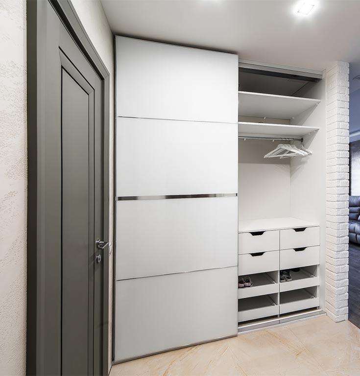 белый шкаф купе в коридор фото делом, если система