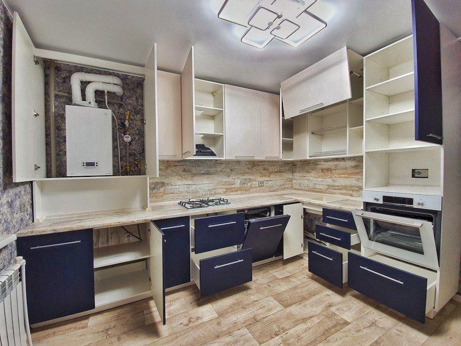 Белый кухонный гарнитур-Кухня МДФ в ПВХ «Модель 555»-фото2