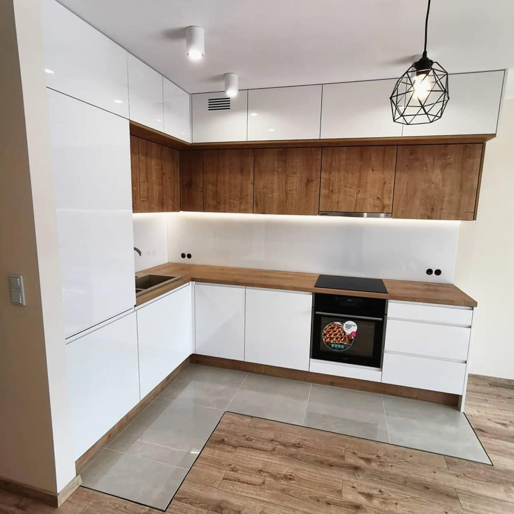 Белый кухонный гарнитур-Кухня МДФ в эмали «Модель 631»-фото2