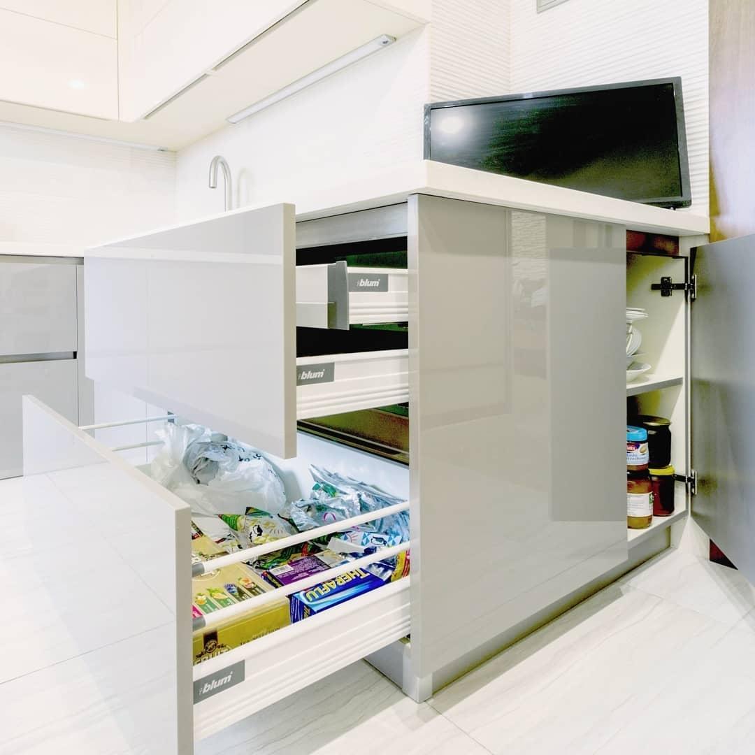 Белый кухонный гарнитур-Кухня МДФ в ПВХ «Модель 615»-фото6